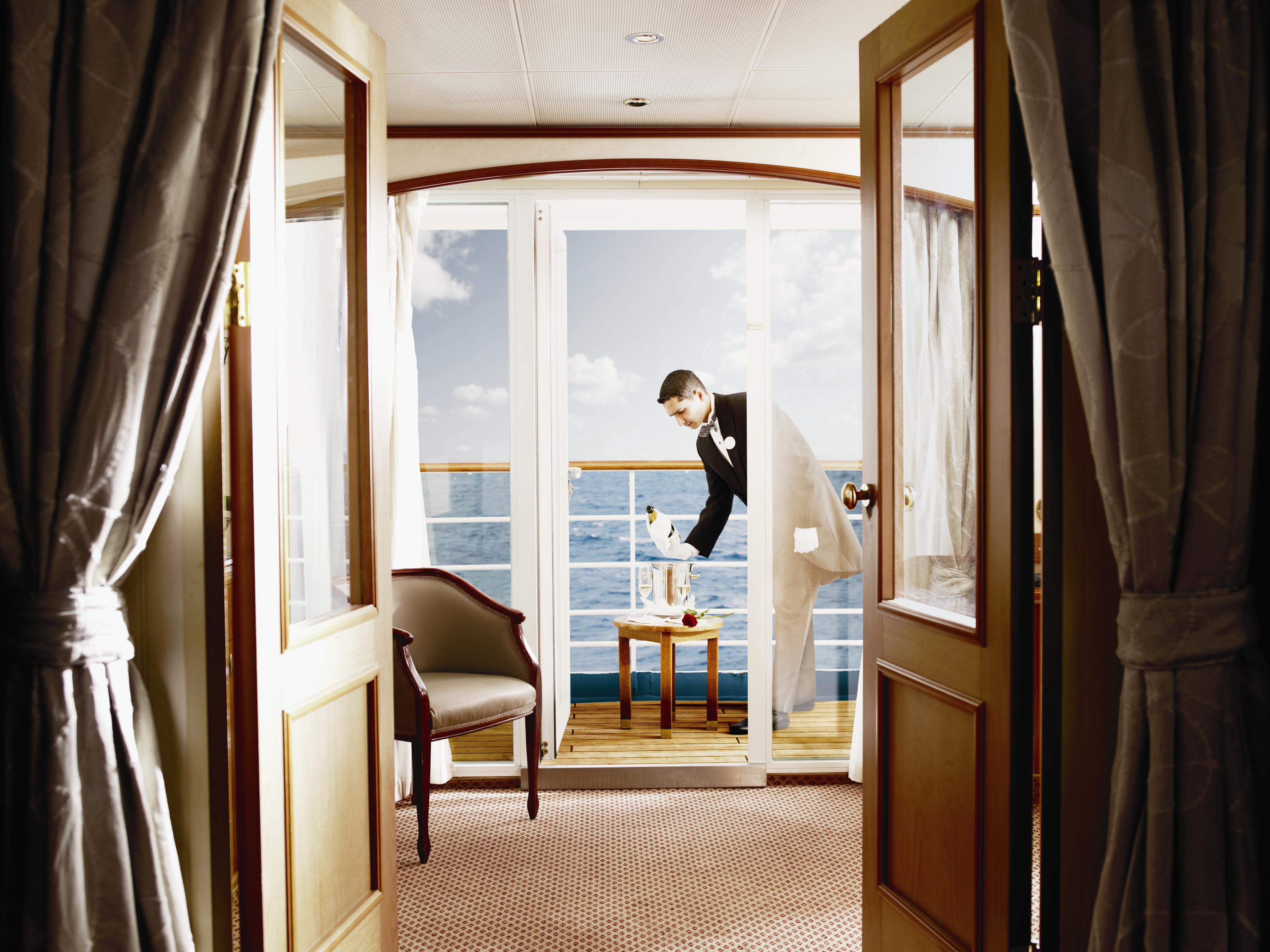 Silversea Cruises : service buttler